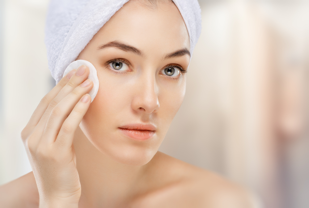 Looking At 7 Ways Of Cleansing Oily Skin